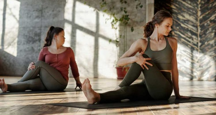 Why You Should Join Yoga Clubs 750x400 - Why You Should Join Yoga Clubs