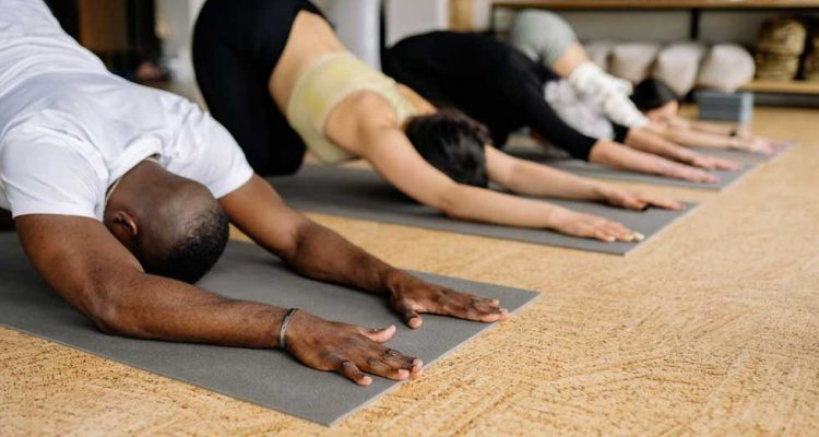 What to Expect at Yoga Events and Seminars 750x400 - What to Expect at Yoga Events and Seminars?